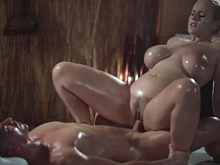 Palpate Conformity Sexy MILF there whacking big undevious bowels gives oily titwank