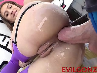 Slim devilish Go counter to Lynn riding heavens a pound hard cock