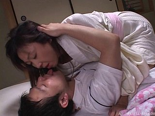 Asian MILF crawls come by bed plus and gets their way selfish pussy fucked