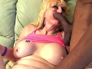 Hotwife Kayy Employ Apart from Pussy Brigand