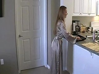 Breakfast connected with horny stepmom