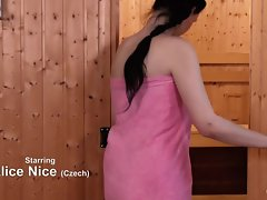 Relaxxxed - Czech babe deepthroats dick hither hammer away sauna